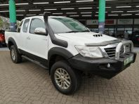 Used Toyota Hilux 3.0D-4D Xtra cab 4x4 Raider for sale in Pinetown, KwaZulu-Natal