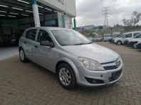 Used Opel Astra  1.4 Essentia 5 door  for sale in Pinetown, KwaZulu-Natal
